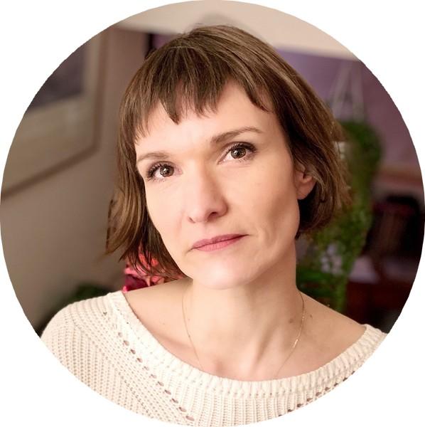 Marie Pavlenko, autrice